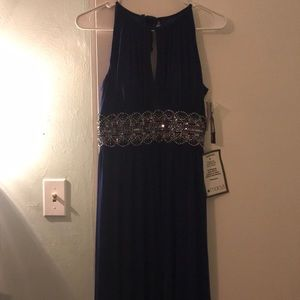 Dresses & Skirts - Evening Gown: 4p